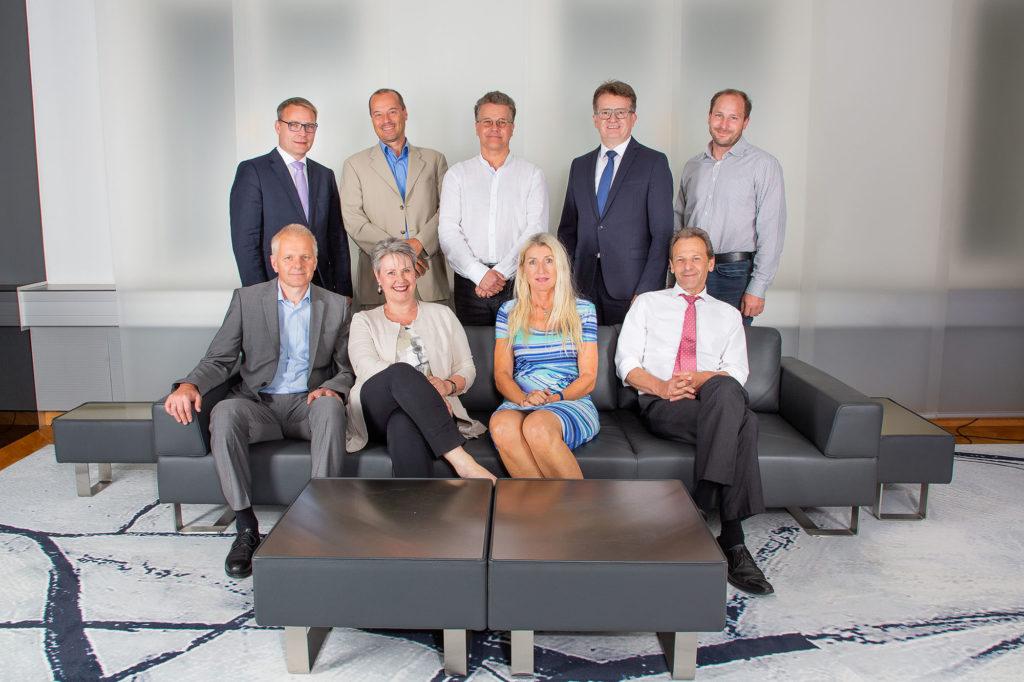 Gruppenfoto Bankangestellte